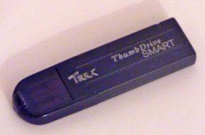 première clé USB thumbdrive