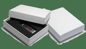 Coffret en carton rigide Made to USB