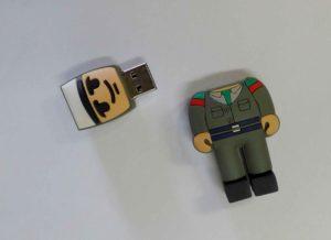 Clé USB en PVC sur mesure en forme de bonhomme